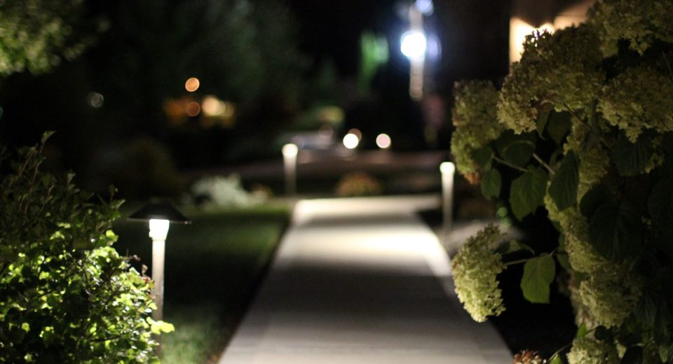 outdoor lighting pathways